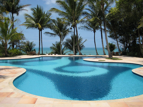 News specials - Crystal clear pools ...